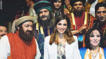 Queen Rania Of Jordan (C Stands With Egyptian Actor Noor El Shaif (L) And Other Actors A